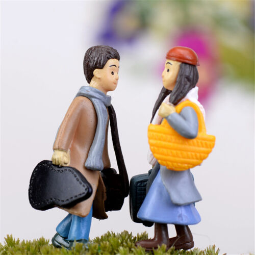 The couple left and right place Figurines Fairy Garden Gnome Moss Resin CraftsWB
