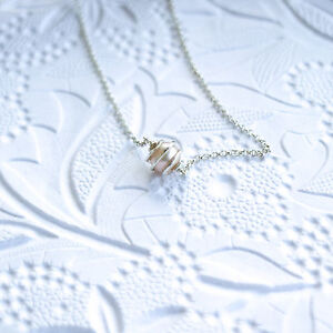 Single-Pearl-Necklace-in-Swirling-Sterling-Silver-Pearl-Pendant-Handmade