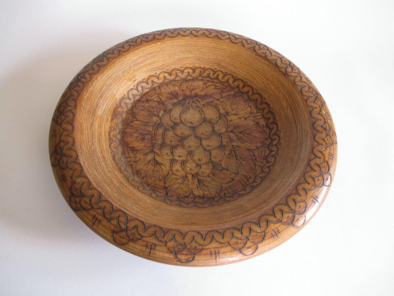Edel Holz Wand Teller mit Hand Schnitzereien 25 cm Durchmesser 0,6 kg