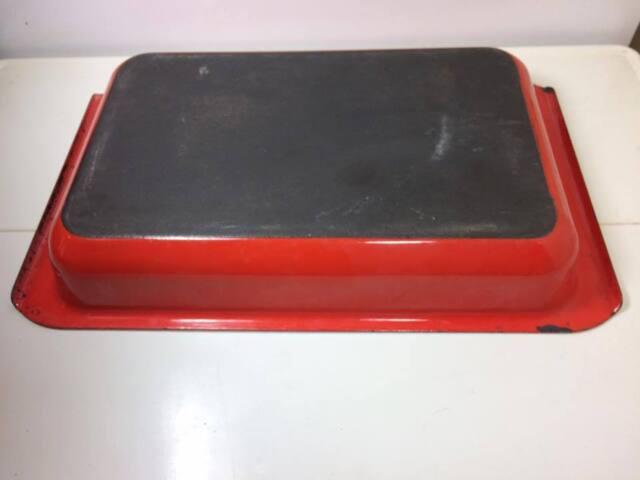 Arabia Finland red enamel lasagna pan