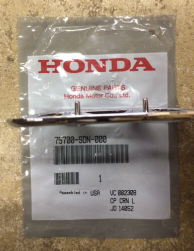 Genuine OEM Honda Accord 2DR Coupe 2003-2005 Front H Emblem
