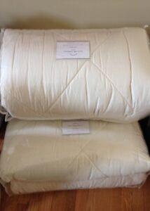 Pottery Barn Linen Silk Diamond Comforter Ivory King Quilt