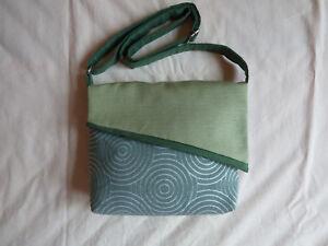 più economico 0a544 99460 Dettagli su Borsa di stoffa con tracolla. Borsetta verde fatta a mano