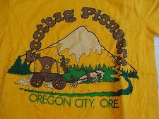 Vintage HACKY SACK t-shirt: FOOTBAG PIONEERS Oregon City, Ore. 1980's S 34-36