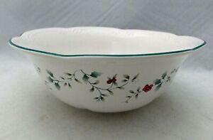 "Pfaltzgraff Winterberry pattern - 9"" Round Vegetable Serving Bowl - USA - EUC"