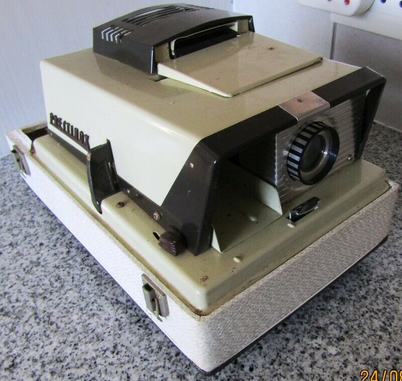 Prestinox Slide Projector - for spares or repairs only!