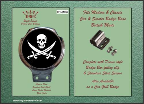 Royale Classic Car Badge /& Bar Clip SKULL /& CROSS BONES Mod B1.0963