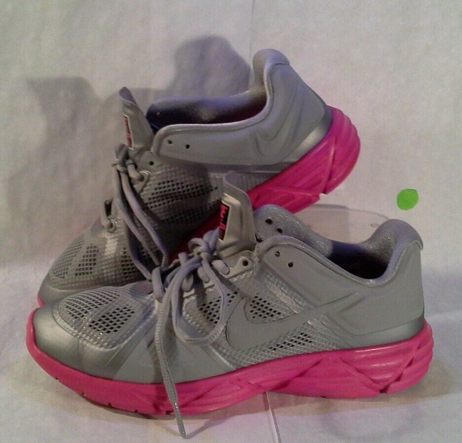 NIKE TRAINING LUNAR VICTORY Women's Size 8.5 Running Shoes