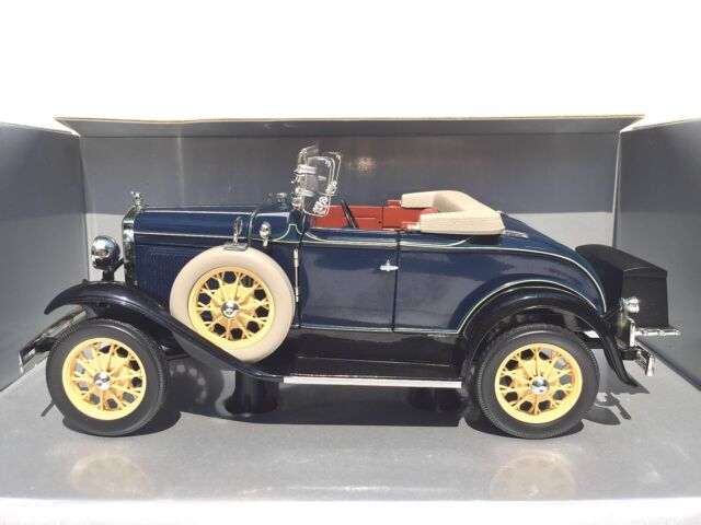 Motor City Classics 1 18 Scale 1931 Ford Model A For Sale Online Ebay