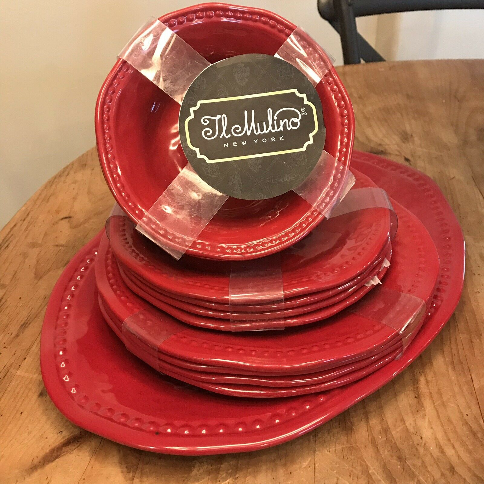 Il Mulino Red Round Hobnail Dinner Salad Plates Cereal Bowls 13-PC Platter Set