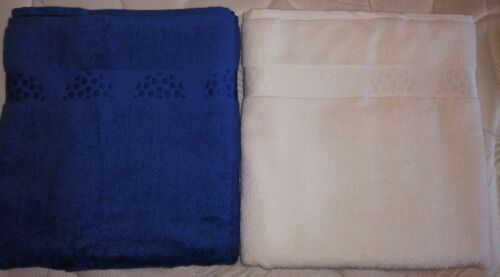 1 lot of 2 large bath towels 100 x 150 1 blue and 1 white