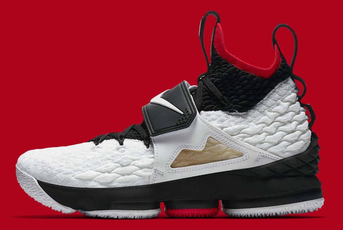 Nike LeBron 15 XV Diamond Turf Prime Deion Sanders Size 12. AO9144-100