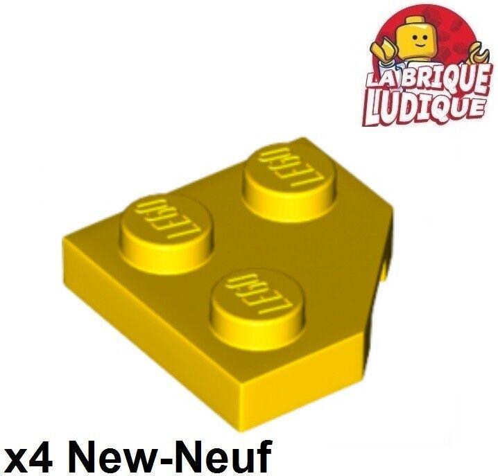 LEGO® Dark Red Wedge Plate 2 x 2 Cut Corner Part 26601