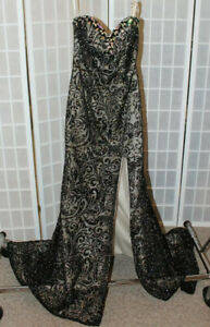 NWT  Madison James 16-304 Black size 4 lace rhinestone formal evening gown