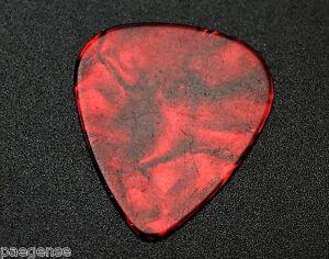 12 New Red Celluloid Plastique Guitar Picks Medium Épais Sans Logo-afficher Le Titre D'origine Les Clients D'Abord