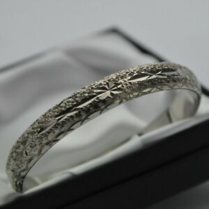 Solid 925 Sterling Silver Vintage Diamond Cut Hinged Bangle Bracelet