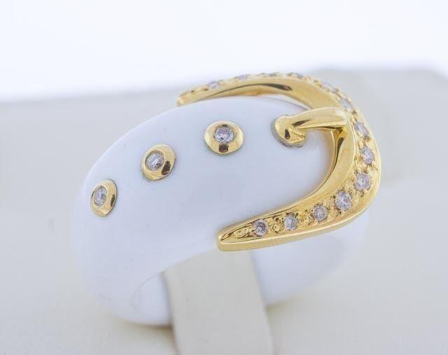 18 Karat Yellow gold Natural Carved White Agate Round VS Diamonds .20 TCW Ring 6