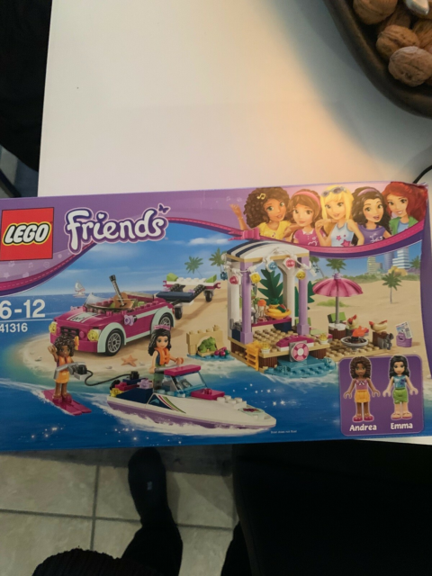 Lego Friends, Strand, speedbåd og bil