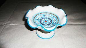 Alzatine-ondulate-decorata-a-mano-colore-sfumato-celeste-cm-11x15