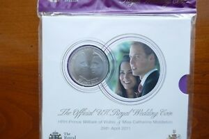 British-2011-Five-Pounds-in-Mint-Pack-William-amp-Catherine