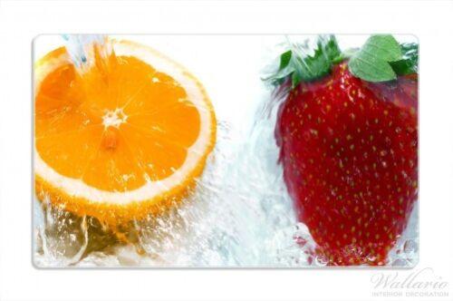 Frische Früchte übergossen Wasser I Wallario Frühstücksbrettchen 14 x 23 cm