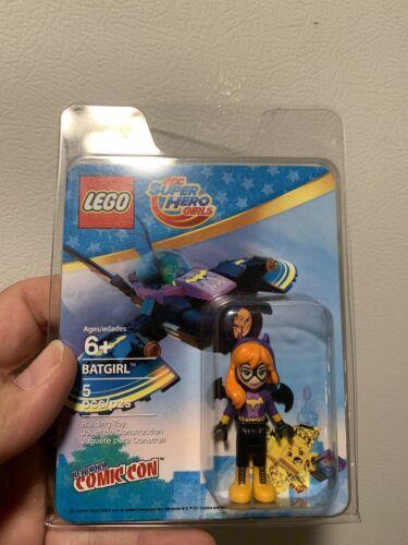 IN HAND /& RARE NYCC 2016 Lego DC Super Hero Girls Batgirl Exclusive Mini Figure