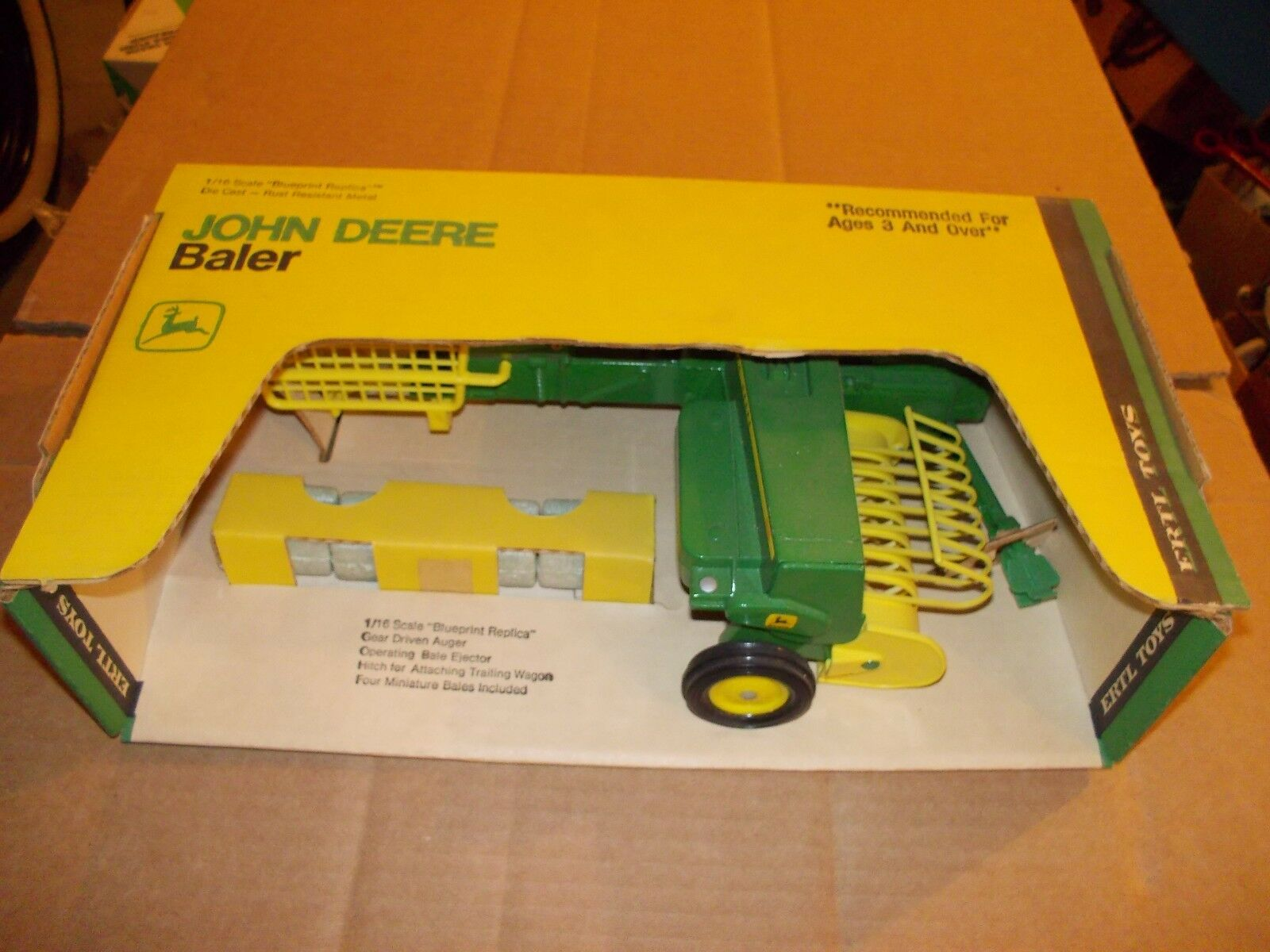 John Deere Botteleuse JD échelle 1 16 Vintage ERTL co. New in Box NW en boîte 585 1st édition