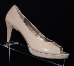 e7b0fb9f4762 Bandolino  Mylah  beige patent peep toe pumps platforms womens heel ...