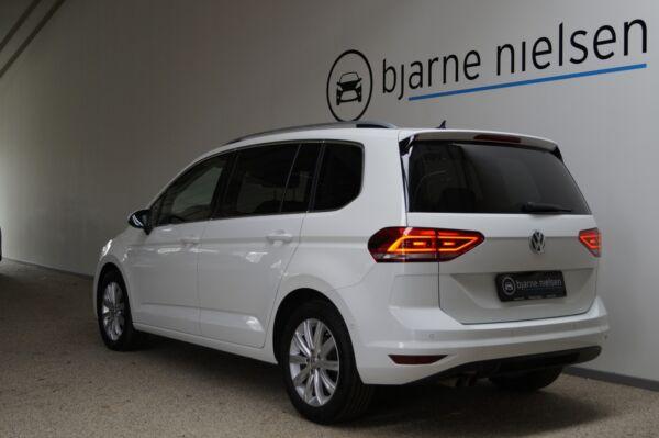 VW Touran 2,0 TDi 150 Highline DSG 7prs - billede 2