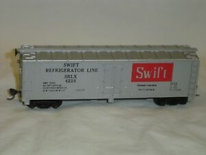 Tyco-HO-Scale-Swift-039-s-Premium-40-039-Reefer-SRLX-4226-with-KD-Couplers
