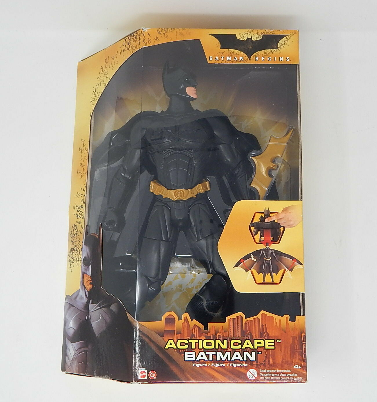 Batman Begins  Action Cape Batman Mattel  MISB R19648