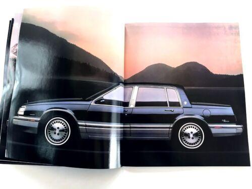 1990 Buick 86-page Car Brochure Book Reatta Regal Riviera Park Avenue LeSabre