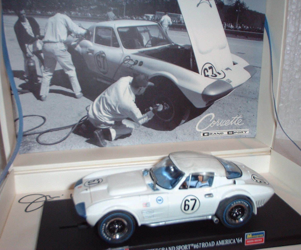Qq 08365 REVELL CORVETTE GRAND SPORT ROAD AMERICA '64   67 JIM HALL