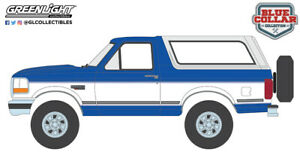 Greenlight 35180-F Blue Collar Collection Series 8-1992 Ford Bronco XLT Bright Regatta Blue and White 1:64 Scale