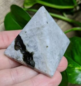 ONE-1-RAINBOW-MOONSTONE-Pyramid-Crystal-India-Reiki-Charged-Read-Below