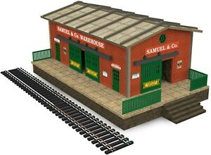 HO-Scale-Warehouse-Kit-with-Motorized-Working-Doors-see-video