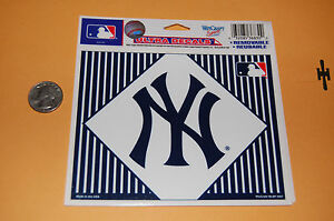 New-York-Yankees-5-3-4-034-Logo-Ultra-Decal-Baseball