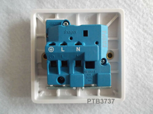 CODE PSS81 TOP QUALITY PRODUCT DEAL OF ONE ASHLEY SINGLE SOCKET SWITCHED