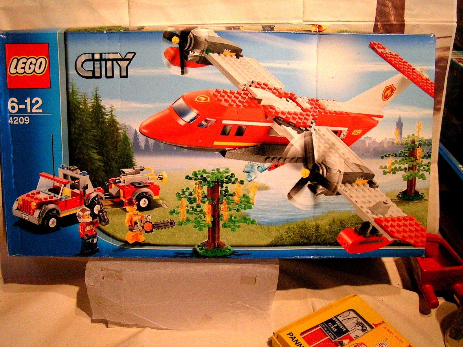 LEGO CITY - SCELLE - LE CANADAIR DES POMPIERS ET LA JEEP TOUT TERRAIN  ref 4209