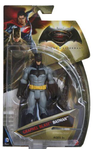 Mattel DC Comics Batman v Superman Grapnel Blast Batman
