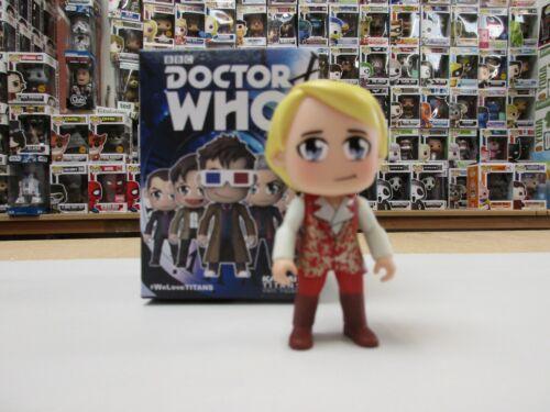 """Titans kawaii DOCTOR WHO 3/"""" FIGURINE EN VINYLE-CHOISISSEZ VOTRE FIGURE-les 12 médecins"""