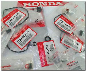 HONDA-04-07-CBR1000RR-CBR1000-RR-PARTS-LOT-AIR-CLEANER-SEALS-RUBBERS-SCREWS-NEW