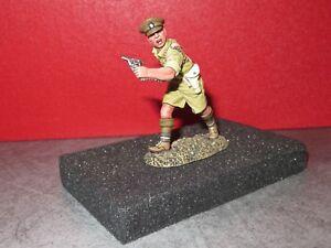 King & Country Neuf = Ea 079 Lieutenant Avec Revolver A La Main Ww2