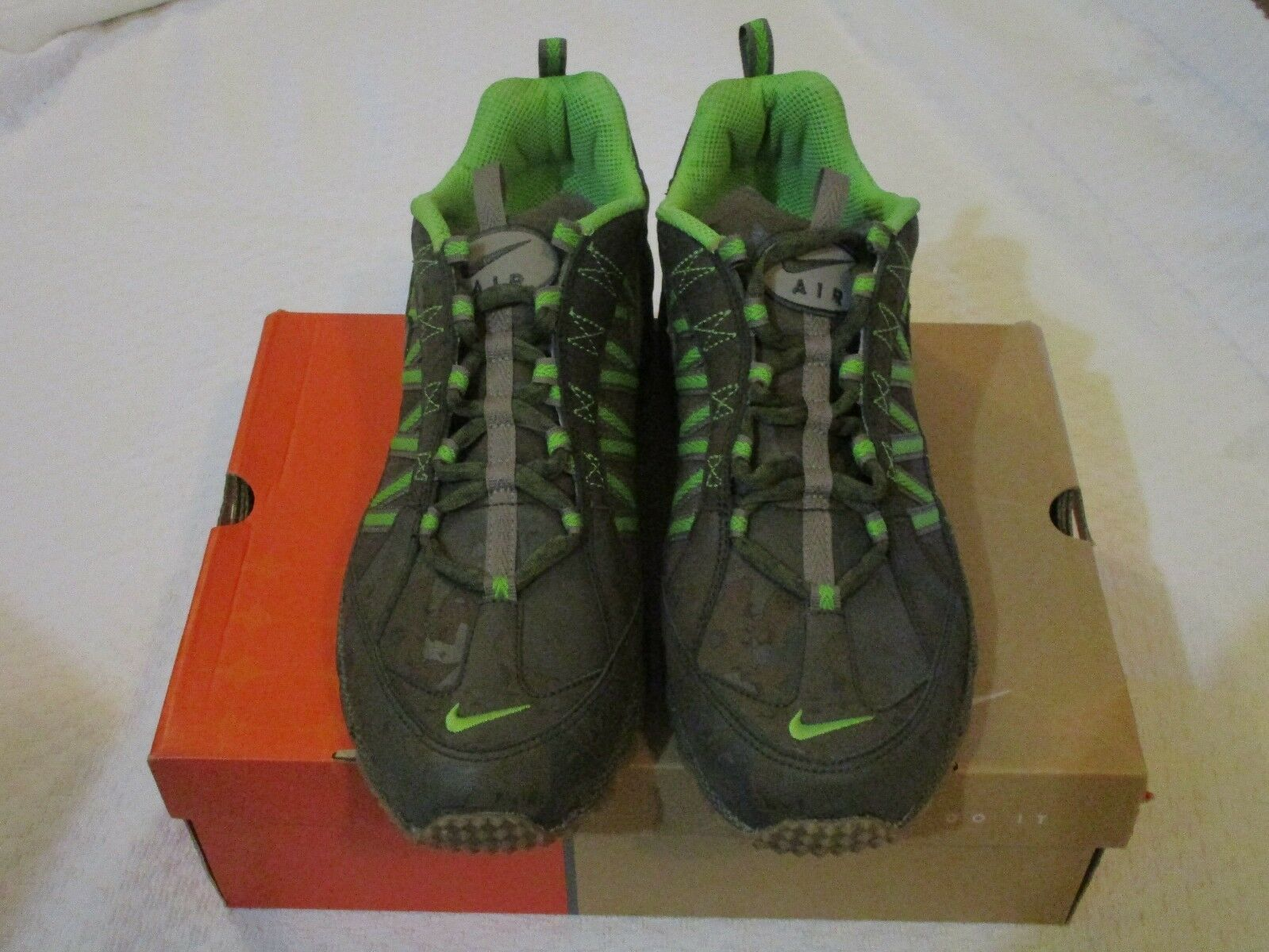 Nike Air Humara Premium Fern Olive Grey Green 314086 302 Size 11.5 Sneakers