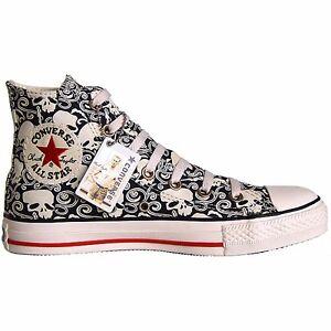 Converse Chucks grau mit Blumen und Totenkopf Muster