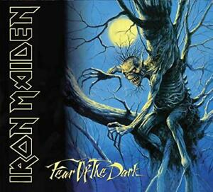 Iron-Maiden-Fear-Of-The-Dark-Collector-039-s-Edition-NEW-CD-Figurine-Patch