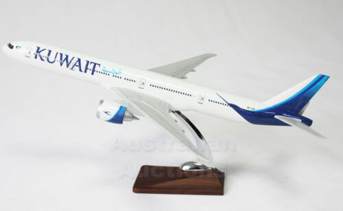 KUWAIT AIRWAYS B777200 LARGE PLANE MODEL AIRPLANE APX 47cm SOLID RESIN