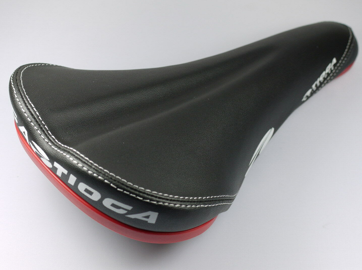 TIOGA MC GROOVE MTB OFFROAD DH FREERIDE BICYCLE SEAT SADDLE BLACK MIX RED