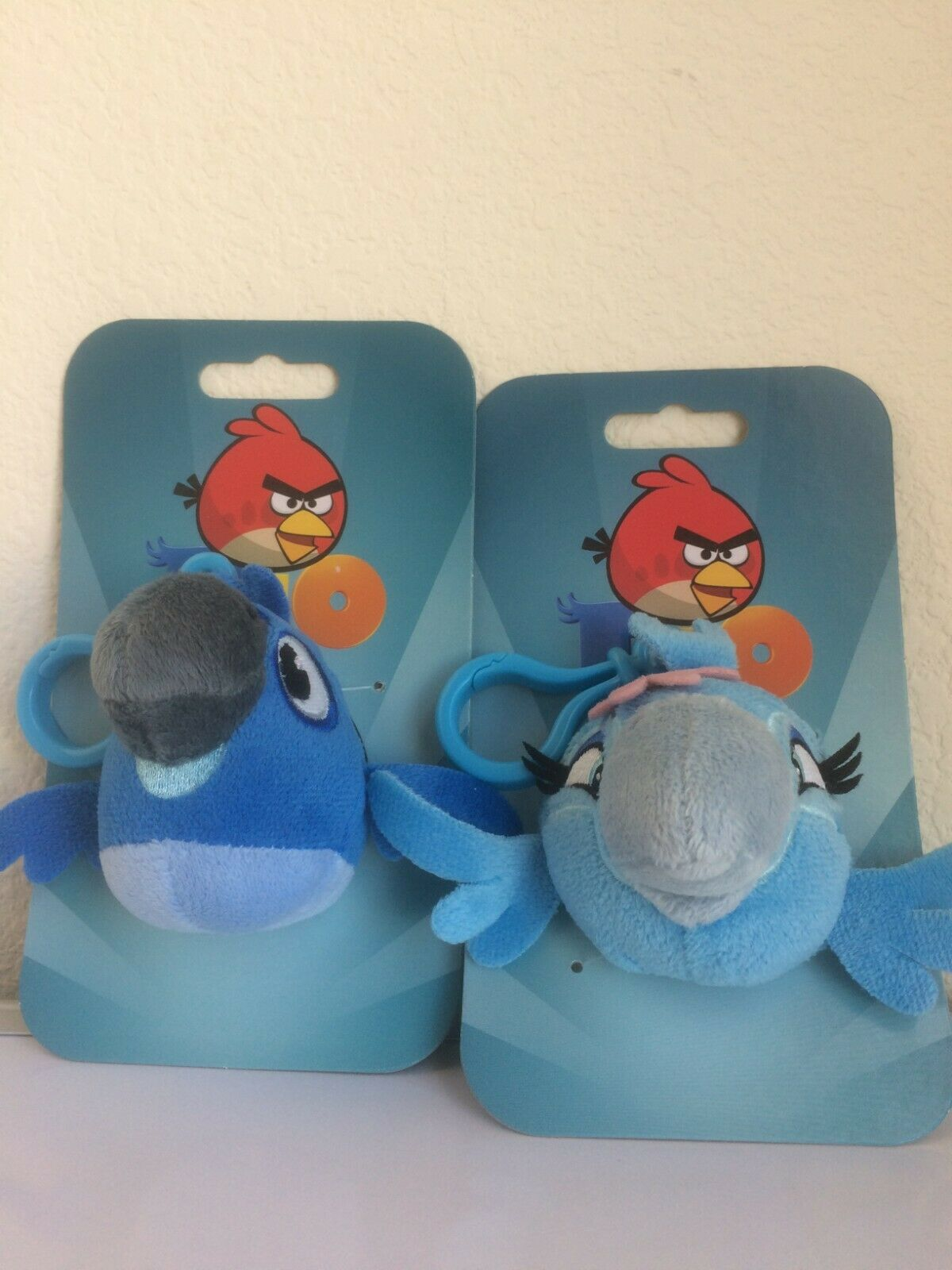 2 X Angry Birds RIO Blue Macaw Boy Jewel Girl Backpack Plush Clips 3