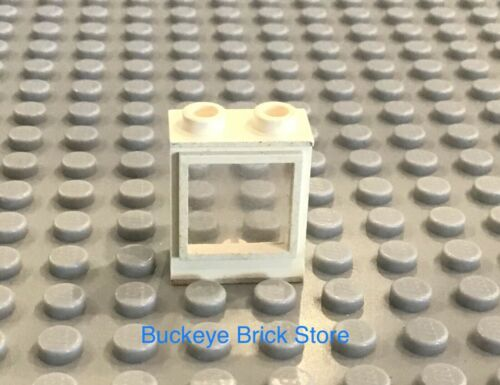 LEGO Part 7026 One White 1x2x2 Window with Fixed Glass 355 148 560 555 369 4554